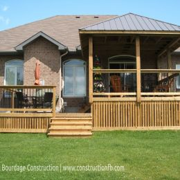 Veranda, Greely (Ottawa), F. Bourdage Construction
